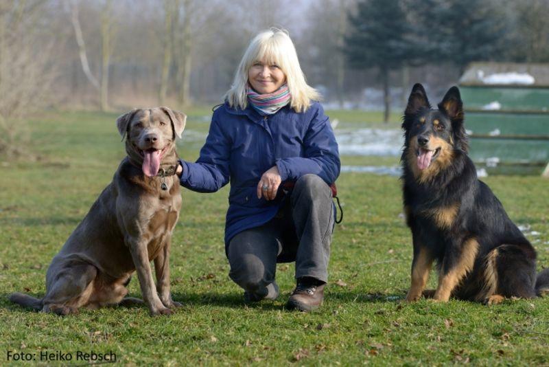 <b>Carola Schulze</b>, Expertin für Hundetraining und Spezialhundausbildung